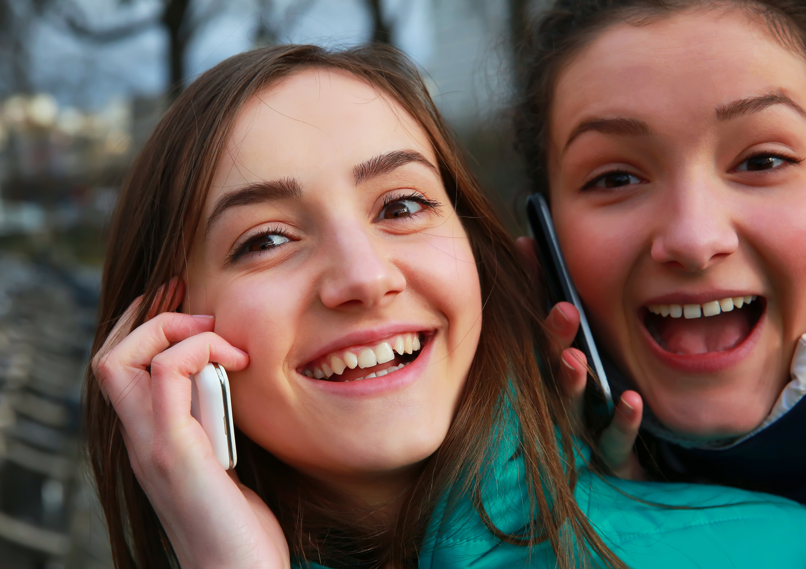 teen drivers and cell phone laws