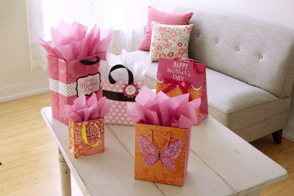 Ready-to-go Gift Bag - MSRP $3.99 - $6.99