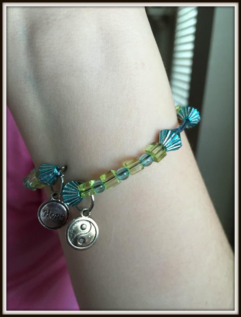 fashion_bracelet